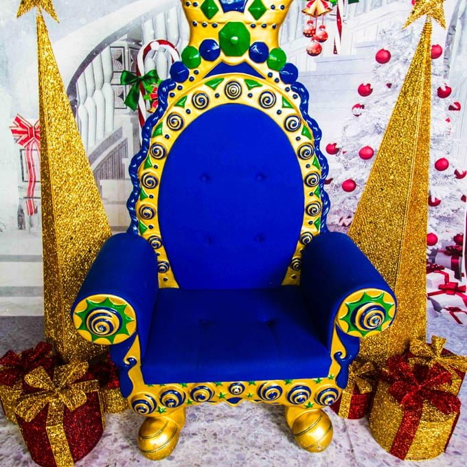 Backdrop with Blue Throne