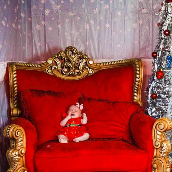 Grandiose Red Teak Chair with baby - The Real Santa