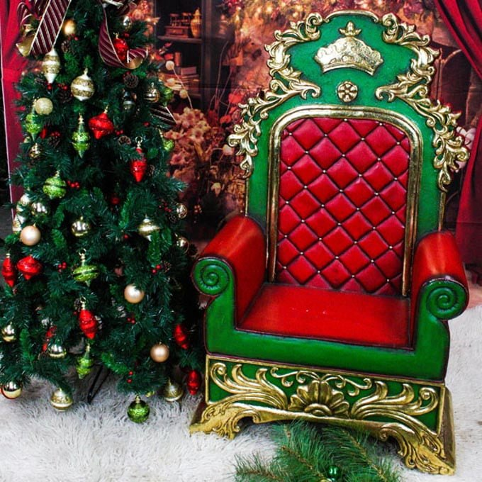 Noble Green Red Throne - The Real Santa