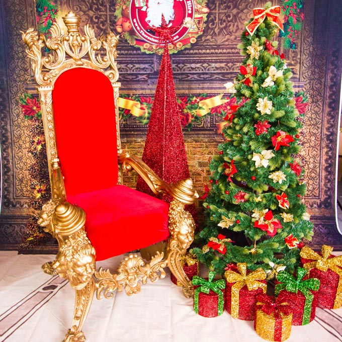 Real Santa Royal Throne and Tree